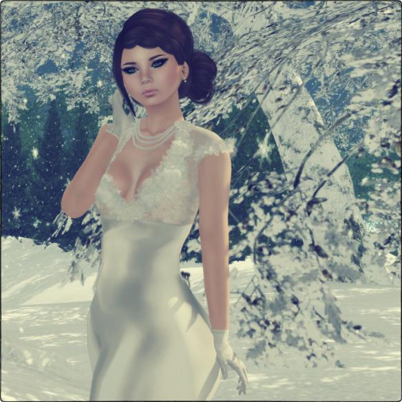 Meet the Beautiful Mia1 (2)s